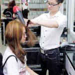Dưỡng tóc sau khi nhuộm / tẩy thế nào cho đúng?