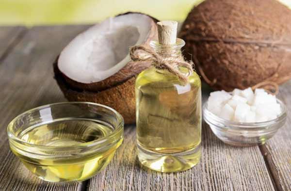 mặt nạ dầu dừa cung cấp dưỡng chất cho bạn làn da trắng khỏe và săn chắc