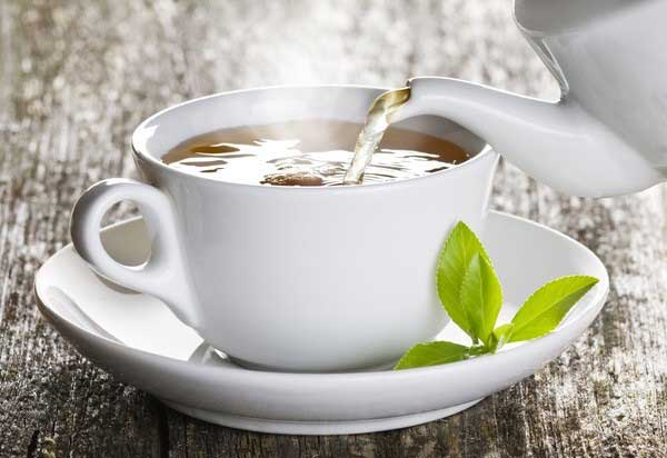 Chữa bệnh bằng nước trà xanh và giấm