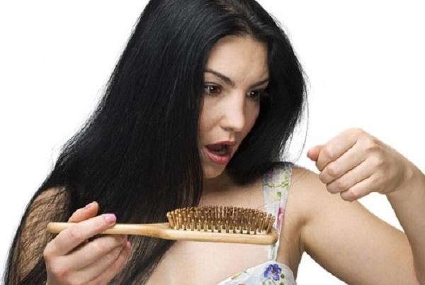 Các trị liệu tóc rụng tại nhà
