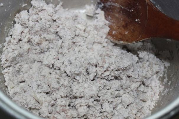 Cach lam banh khoai mon - Khoai môn được nghiền nhuyễn min