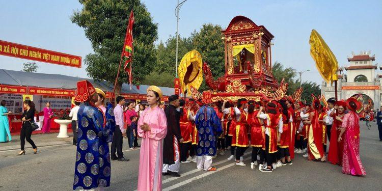 Lễ tế tại đền Hai Bà Trưng (Ảnh sưu tầm)