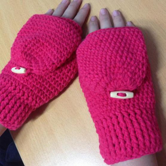 Cách móc găng tay nam hở ngón giữ ấm mùa đông4
