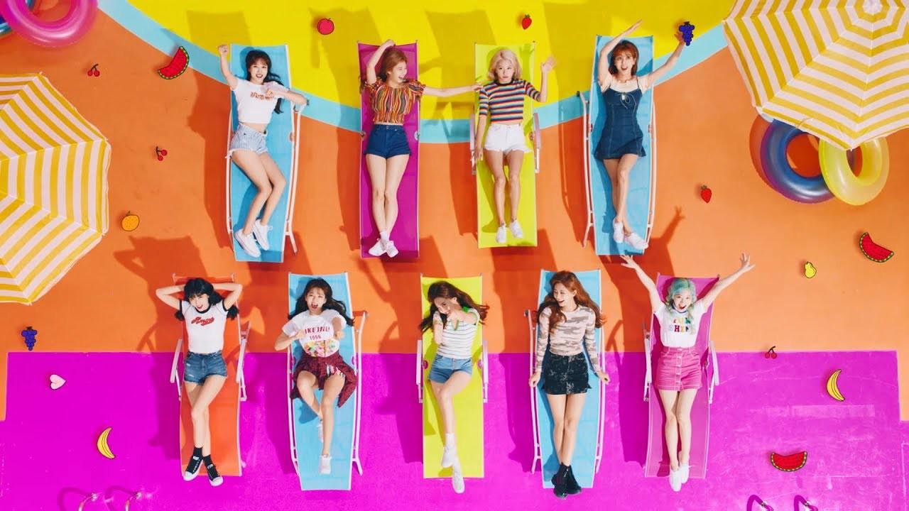 TWICE đạt chứng nhận bạch kim chỉ sau 1 tuần comeback1