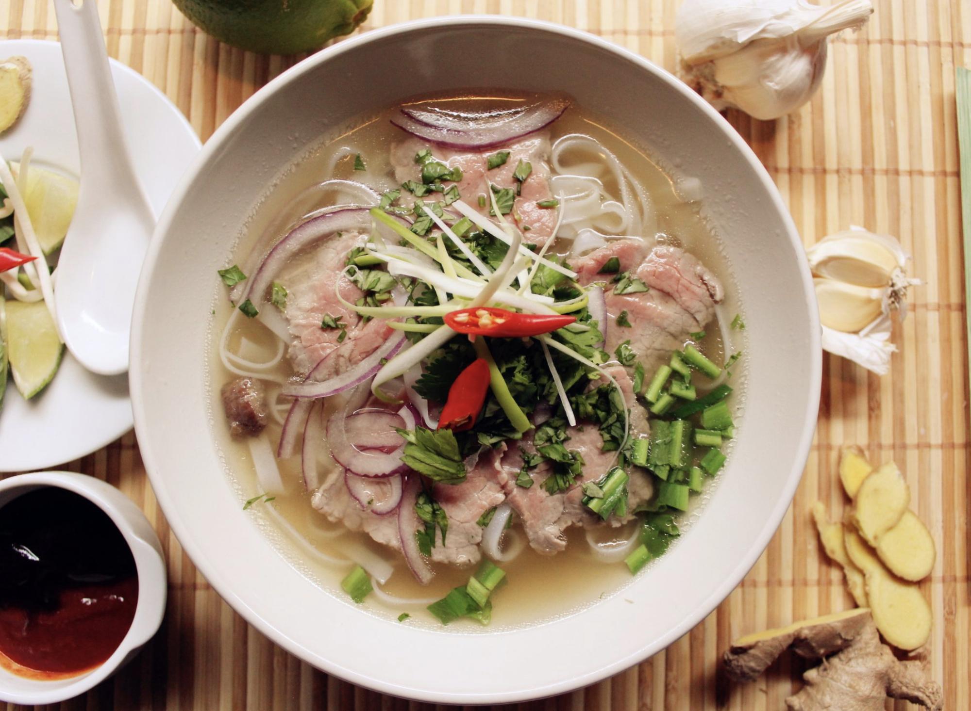 Phở - món ăn cổ truyền số 1 Hà Nội (Ảnh sưu tầm)