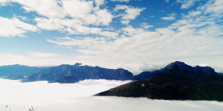 Quang cảnh trên đỉnh Lảo Thẩn (Ảnh sưu tầm)