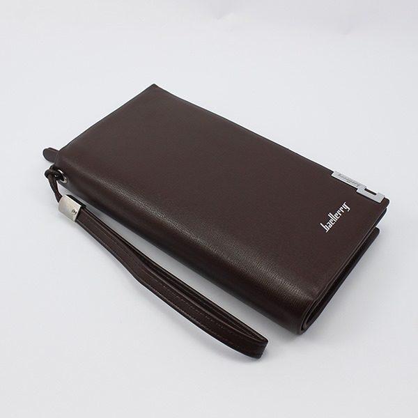 Các lợi ích của việc sử dụng ví cầm tay nam