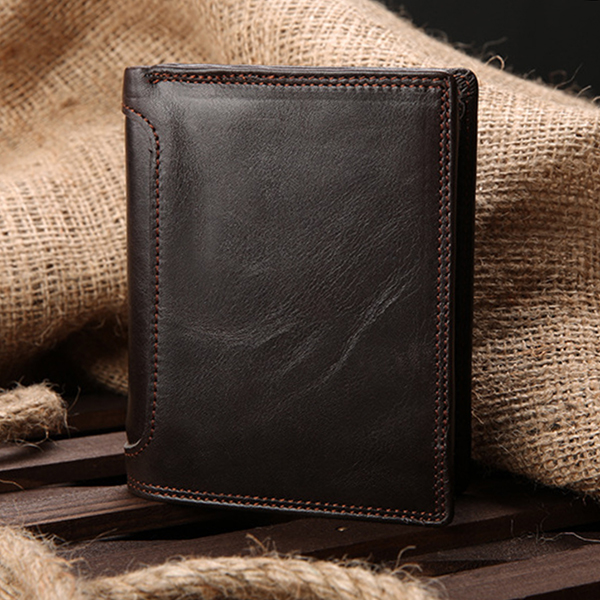Chia sẻ bí quyết khi chọn ví nam dáng đứng