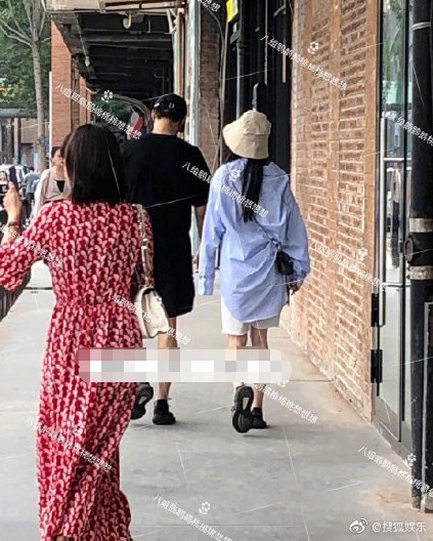 Dương Mịch lộ ảnh hẹn hò với đàn em kém 3 tuổi sau 8 tháng ly hôn