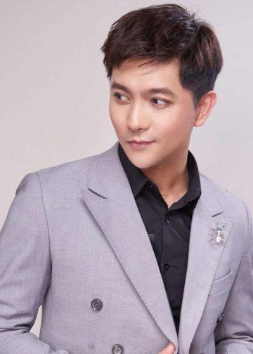 Hậu ly hôn với Trương Quỳnh Anh, Tim lộ ảnh hẹn hò với tình cũ Karik - Đàm Phương Linh
