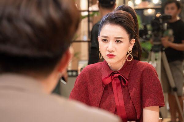 Hari Won chia sẻ từng muốn tự tử vì bị chỉ trích, lăng mạ sau khi kết hôn Trấn Thành