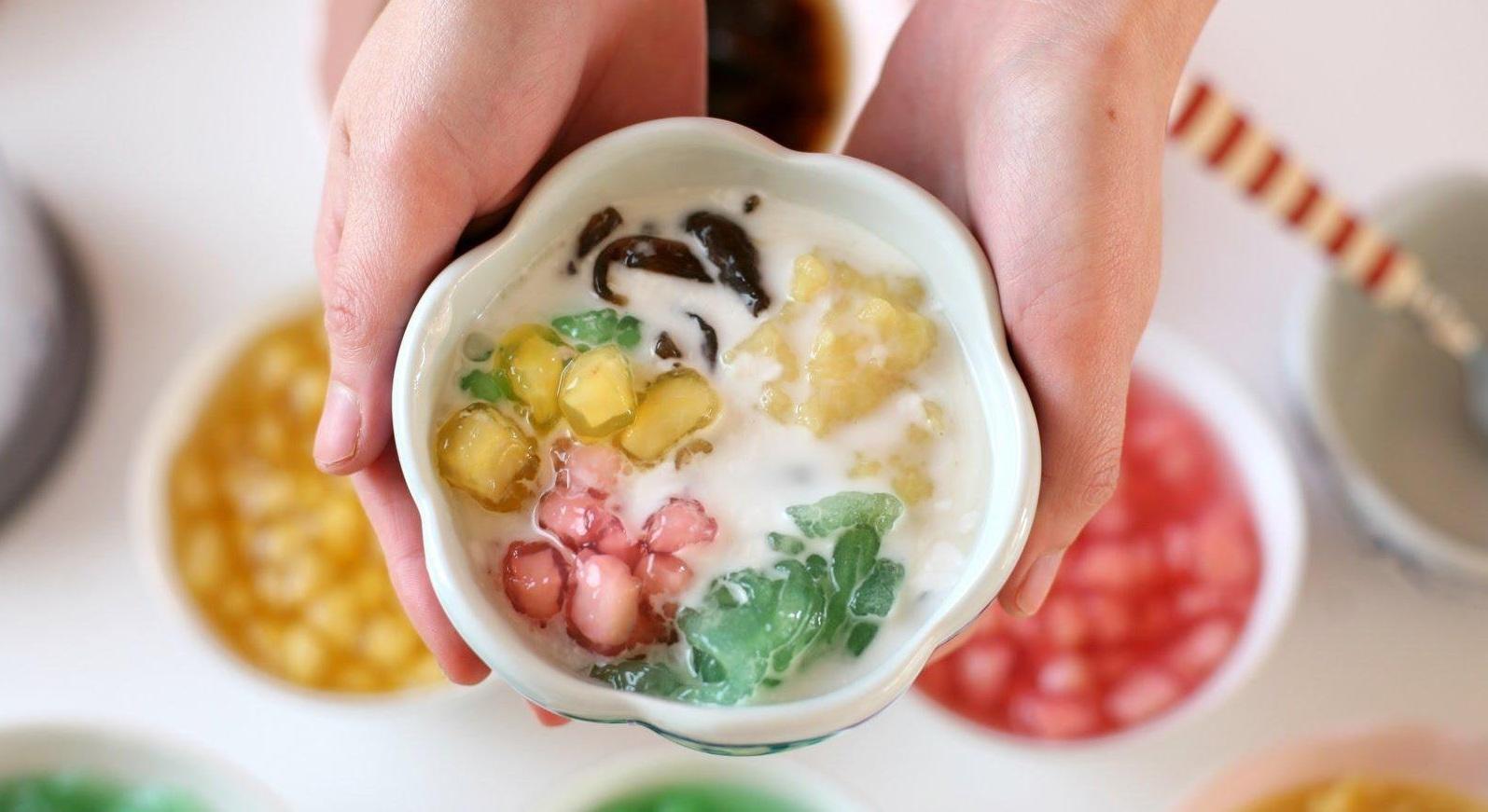 Mùa Hè du lịch Đà Nẵng thích nhất là có cốc chè xoa xoa hạt lựu (Ảnh sưu tầm)