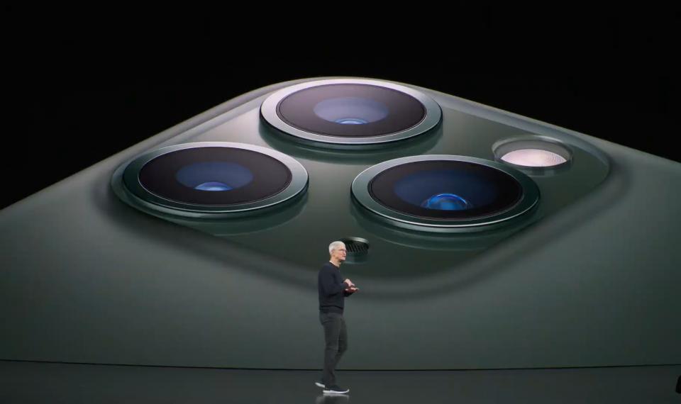 iPhone 11 Pro & iPhone 11 Pro Max: 3 camera, A13 Bionic siêu khủng
