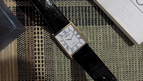Đồng hồ nam hình chữ nhật  2