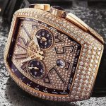 Tại sao không nên mua đồng hồ nam giảm giá tại cửa hàng?