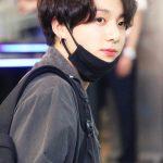 HOT: Em út toàn cầu Jungkook (BTS) lộ ảnh CCTV ôm ấp và uống rượu với gái lạ