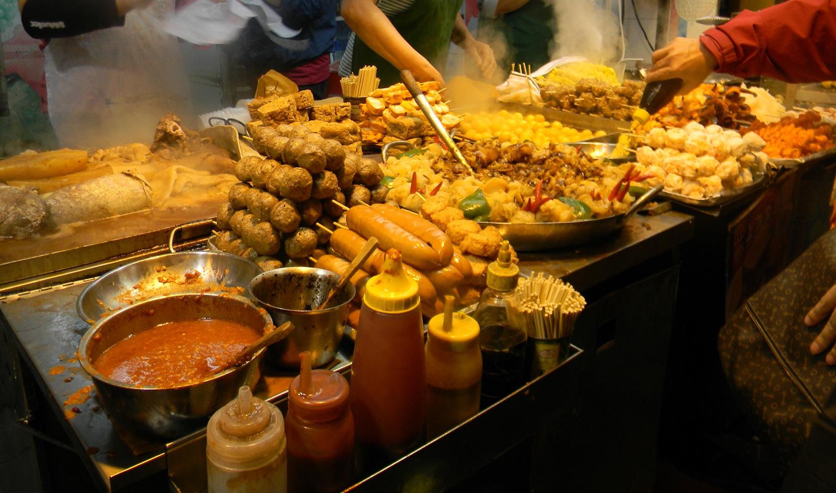 Đến Sài Gòn ăn gì ngon? Cập nhật menu những món ăn đặc sắc nhất đất Sài Thành