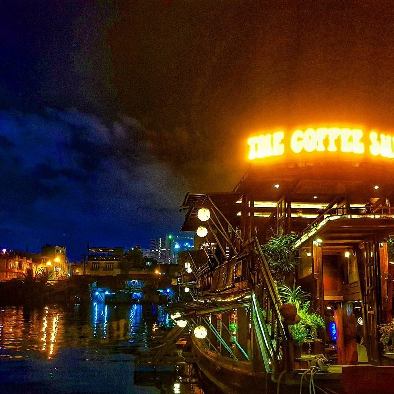 21+ quán Cafe Sài Gòn đẹp không góc chết, đồ uống ngon, check in mỏi tay 16