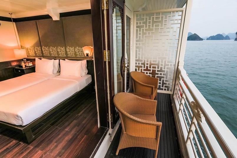 Kinh nghiệm du lịch bằng du thuyền và Top những du thuyền đẹp nhất tại Hạ Long 21