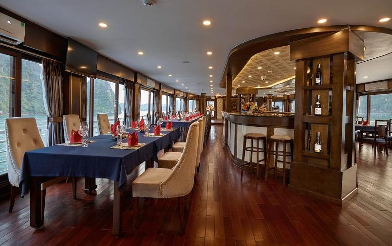 Kinh nghiệm du lịch bằng du thuyền và Top những du thuyền đẹp nhất tại Hạ Long 27