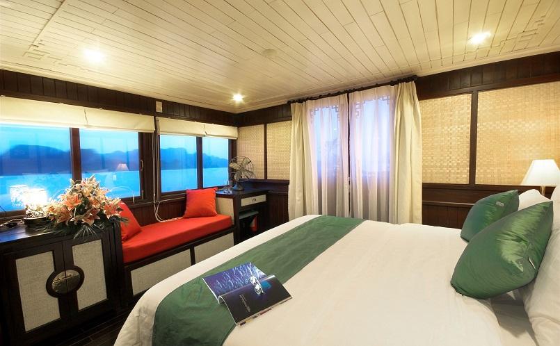 Kinh nghiệm du lịch bằng du thuyền và Top những du thuyền đẹp nhất tại Hạ Long 30