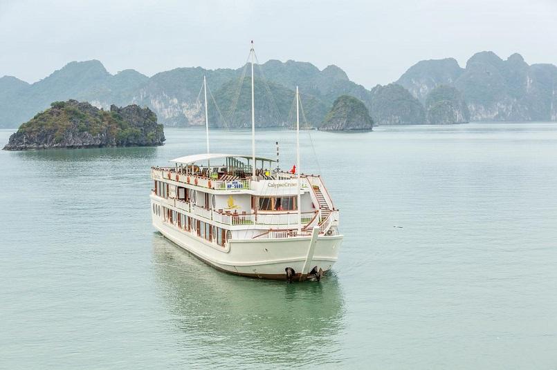 Kinh nghiệm du lịch bằng du thuyền và Top những du thuyền đẹp nhất tại Hạ Long 41