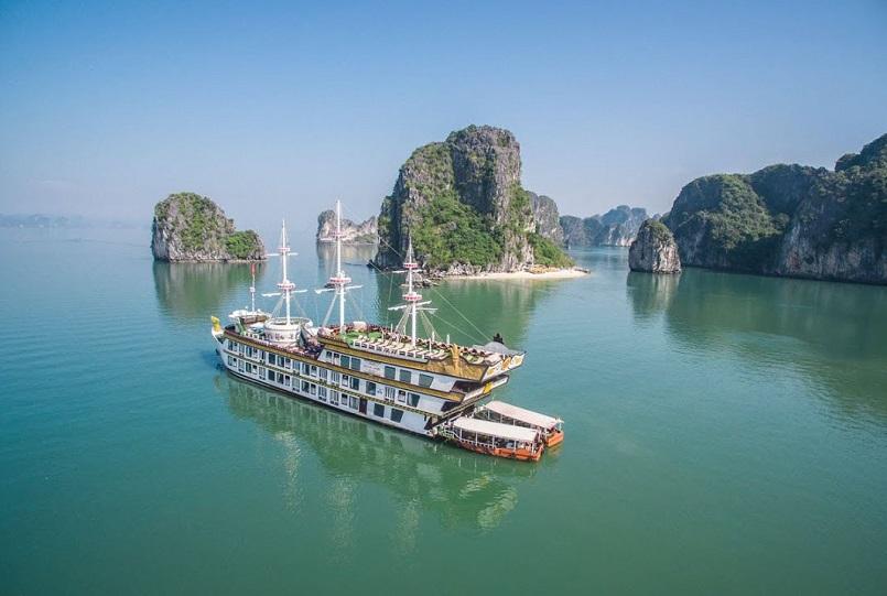 Kinh nghiệm du lịch bằng du thuyền và Top những du thuyền đẹp nhất tại Hạ Long 16