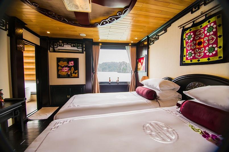 Kinh nghiệm du lịch bằng du thuyền và Top những du thuyền đẹp nhất tại Hạ Long 18