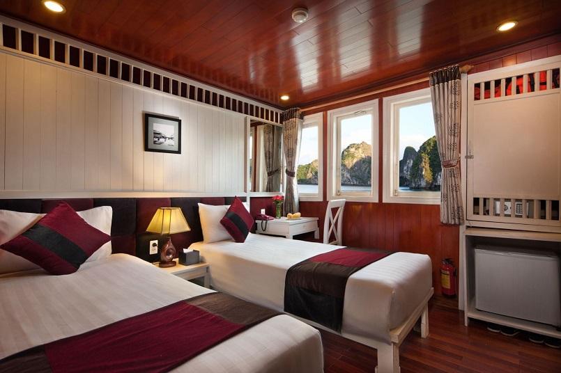 Kinh nghiệm du lịch bằng du thuyền và Top những du thuyền đẹp nhất tại Hạ Long 33