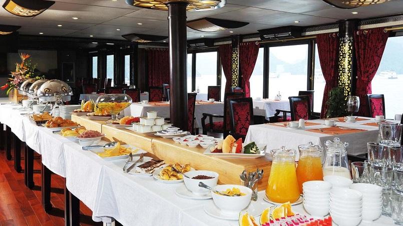 Kinh nghiệm du lịch bằng du thuyền và Top những du thuyền đẹp nhất tại Hạ Long 9