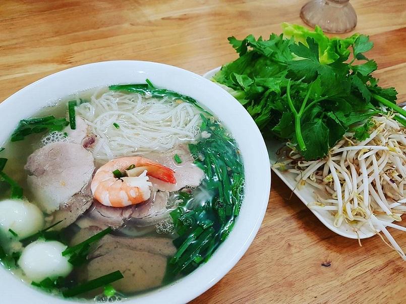 Đến Sài Gòn ăn gì ngon? Cập nhật menu những món ăn đặc sắc nhất đất Sài Thành 4