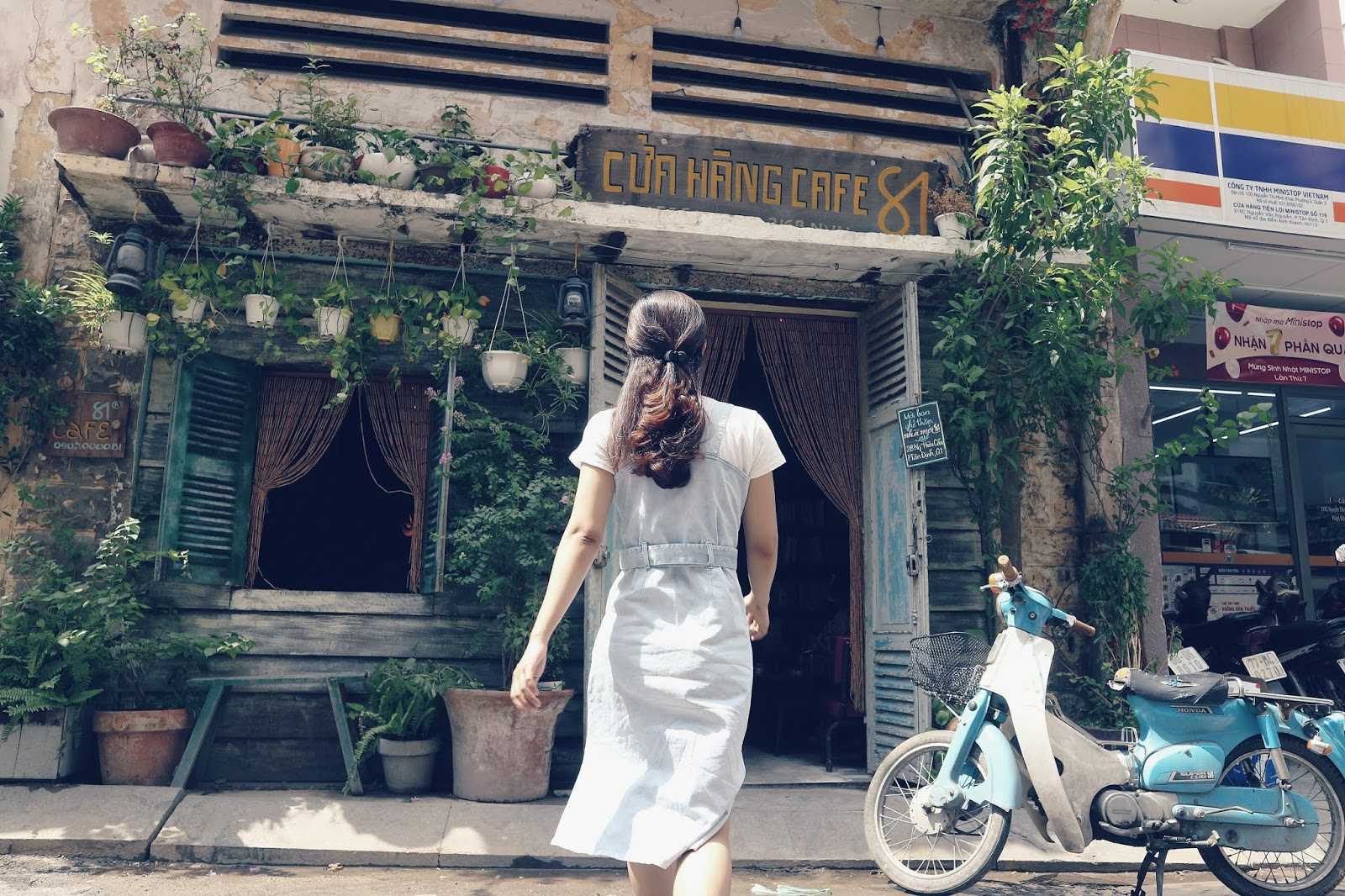 21+ quán Cafe Sài Gòn đẹp không góc chết, đồ uống ngon, check in mỏi tay