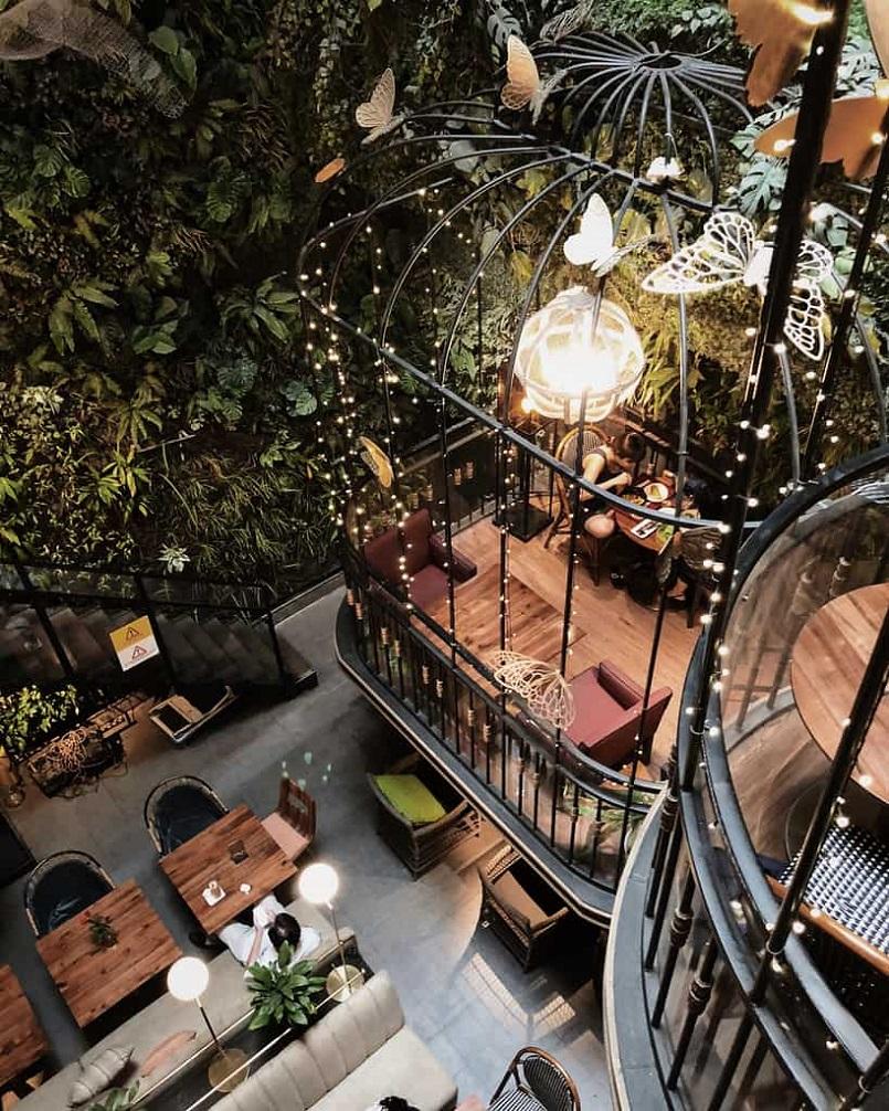 21+ quán Cafe Sài Gòn đẹp không góc chết, đồ uống ngon, check in mỏi tay 10