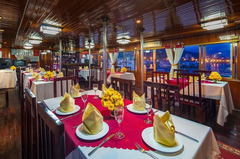 Kinh nghiệm du lịch bằng du thuyền và Top những du thuyền đẹp nhất tại Hạ Long 5