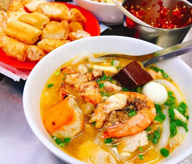Đến Sài Gòn ăn gì ngon? Cập nhật menu những món ăn đặc sắc nhất đất Sài Thành 13