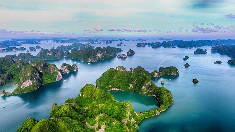 Kinh nghiệm du lịch Hạ Long chinh phục kỳ quan thiên nhiên thế giới mới 2
