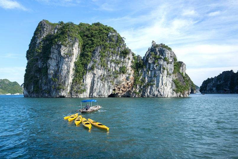 Kinh nghiệm du lịch Hạ Long chinh phục kỳ quan thiên nhiên thế giới mới 15