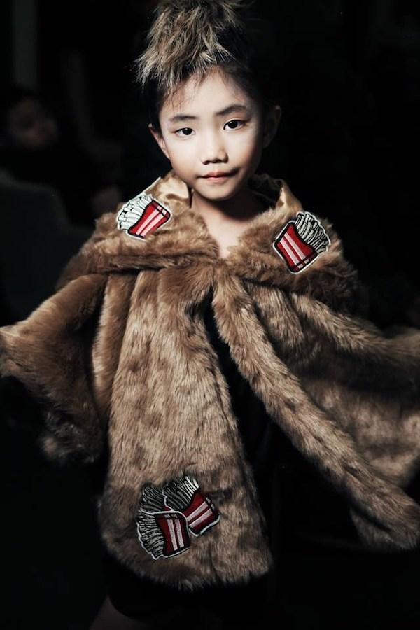 Những siêu mẫu nhí đẹp như thiên thần tại Tuần lễ thời trang thiếu nhi 10