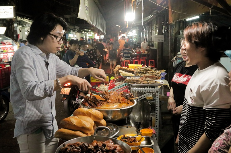 Điểm danh các địa điểm vui chơi Sài Gòn về đêm không đi sẽ hối hận 21