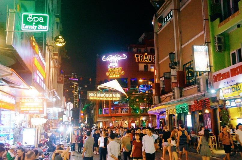 Điểm danh các địa điểm vui chơi Sài Gòn về đêm không đi sẽ hối hận 9