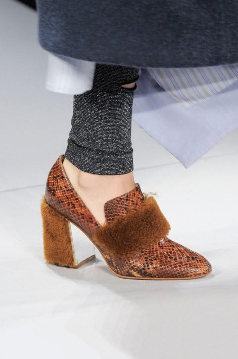loafers-cao-got-chac-chan-la-doi-giay-dang-dau-tu-nhat-mua-thu-dong-nam-nay-10