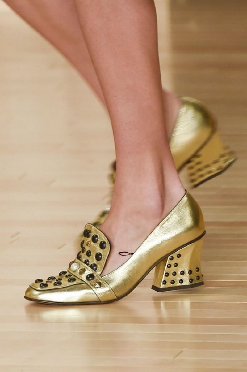 loafers-cao-got-chac-chan-la-doi-giay-dang-dau-tu-nhat-mua-thu-dong-nam-nay-15