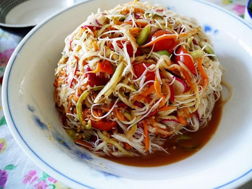 TOP món đặc sản đại diện cho nền ẩm thực Lào khiến bạn nên thử 2