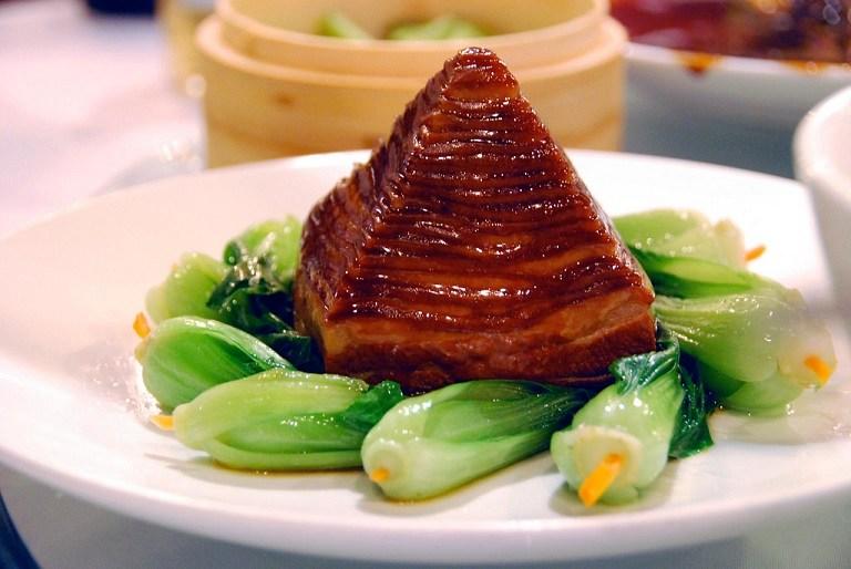 Thịt lợn Đông Pha hình kim tự tháp
