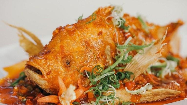 Cá Tây Hồ sốt chua ngọt - Món ăn hàng Châu