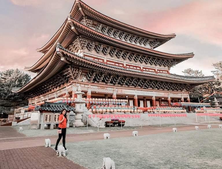 Đền Yakcheonsa - Địa điểm du lịch Hàn Quốc
