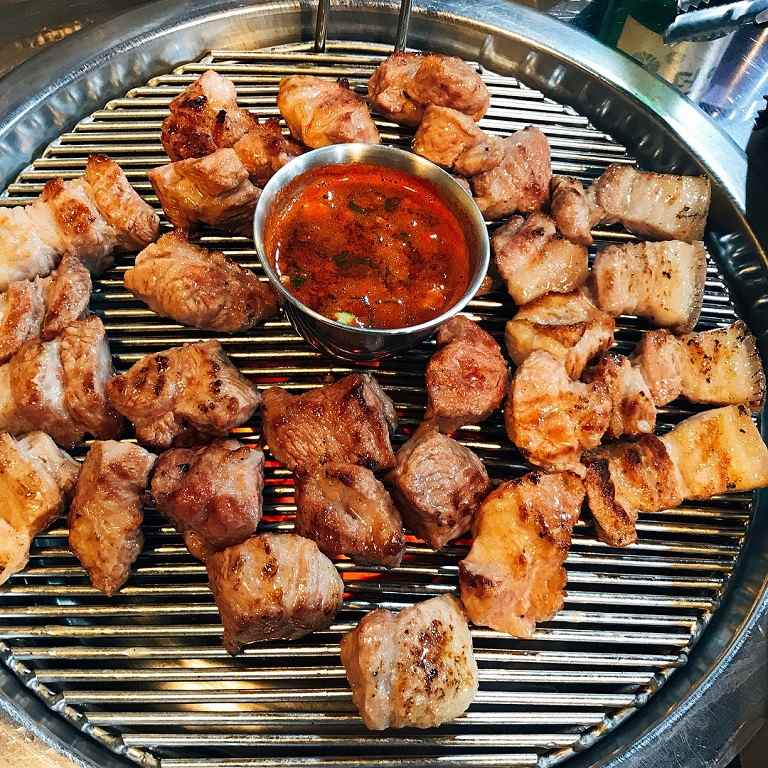 Thịt lợn đen Hàn Quốc- Đặc sản Jeju đáng thử nhất