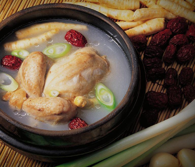 Samgyetang - Món ăn Hàn Quốc
