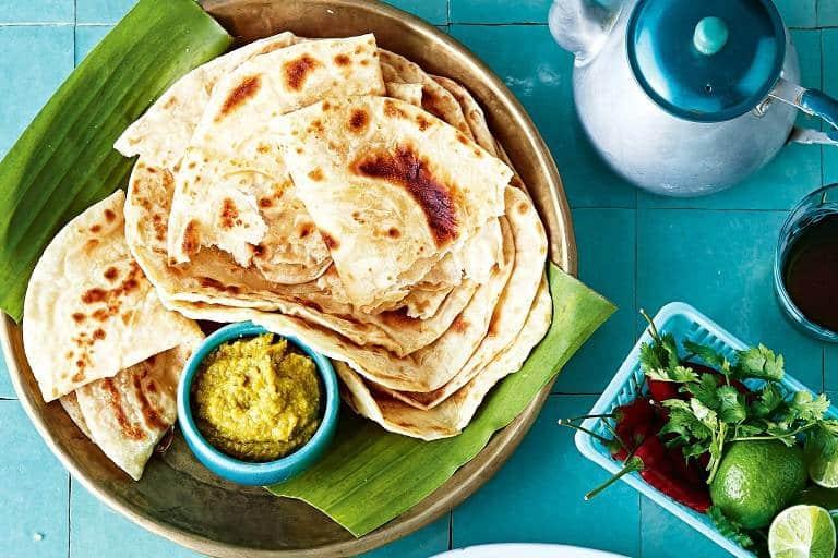 Đến Singapore nên ăn gì - Bánh Roti Prata