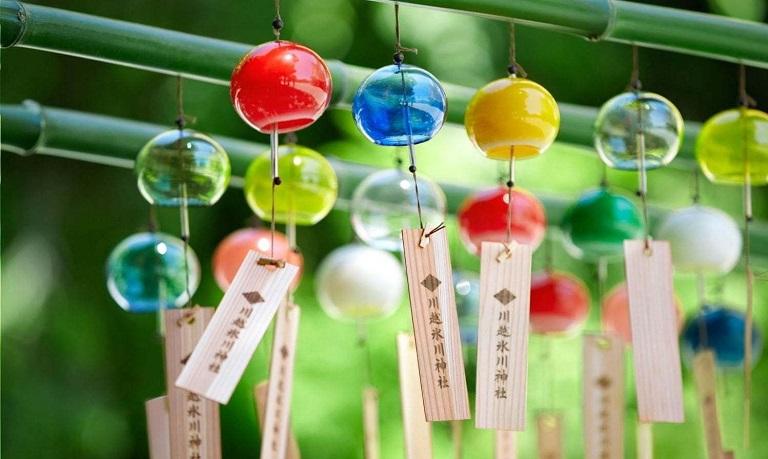 Du lịch Nhật Bản mua gì về làm quà?